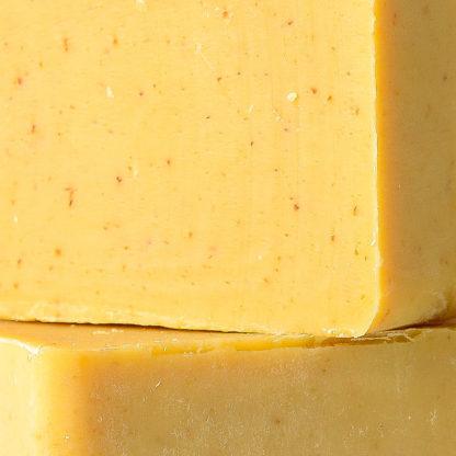 Savon propolis avoine close-up